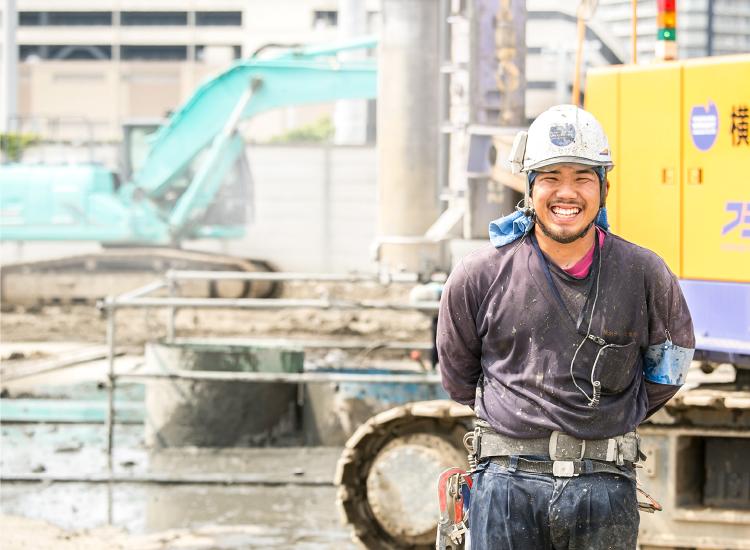 社員インタビュー:現場作業員 | 横浜ライト工業