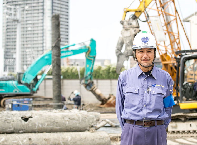 社員インタビュー:現場管理者   横浜ライト工業